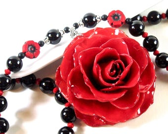 Large Real Rose Necklace - Red Rose Necklace, Flower Necklace, Real Flower Jewelry, Nature Jewelry, Black Onyx, Gemstone, Red and Black