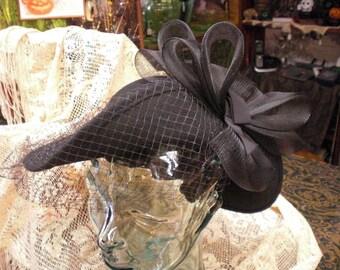 Black Felt Netted Hat