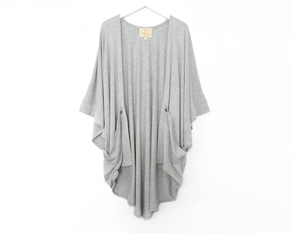 Rose Kimono Cardigan with Gold Buttons / Light Heather Gray / Navy / Black