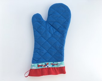 Airplane Oven Mitt. Blue Kitchen Pot Holder with Red Ruffle. Gift for a Pilot. Baking Gift.
