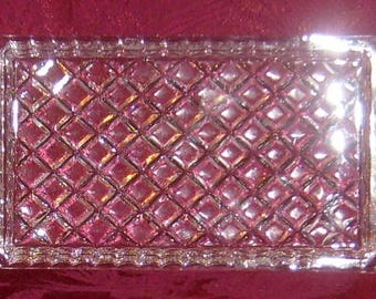 Classic Faceted Deep-Cut Diamond Patterned Crystal Tray