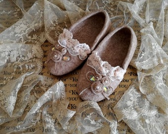 """""""Shabby chic"""" style house slippers"""