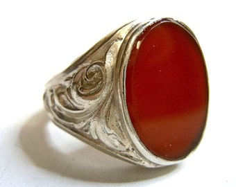 Art Nouveau silver ring with red carnelian around 1925
