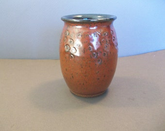 Stoneware Vase With Circle Design