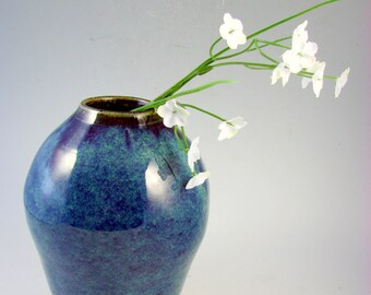 Blue Stoneware Vase / Handmade Wheel Thrown Pottery