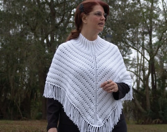 Knitted Ladies Poncho in White