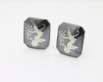 Vintage 1950s SIAM Sterling Silver and Black Niello Enamel Screwback Earrings. [1636]