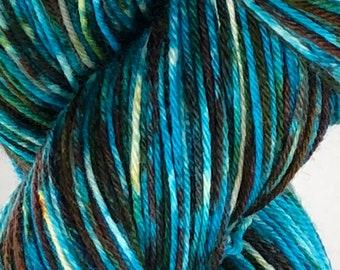 Ready to ship, 100g, snow dyed yarn, hand dyed yarn, blue/purple variegated sock/fingering weight yarn, superwash merino:nylon yarn