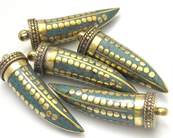 1 Pendant - Long turquoise inlaid Tibetan horn tusk shape Brass pendant with dotted brass inlays from Nepal - PM255A