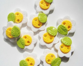 Button Daisies handmade polymer clay buttons  ( 8 )