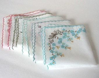 Custom Embroidered Handkerchief Monogrammed Hankie Monogramming Wedding Handkerchief Personalized Handkerchief Vintage Hankie Made to Order