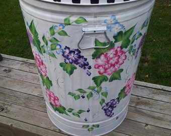 30 Gallon Decorative Hand Painted  Galvanized Metal Trash Can w/Side Handles and Tight Fit Lid