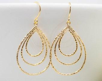 Delicate earrings gold-plated drops Teardrop matt pierced earrings