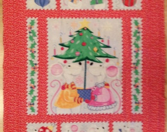 An Adorable Susybee Christmas Mice Holiday Cotton Fabric Fabric Panel Free US Shipping