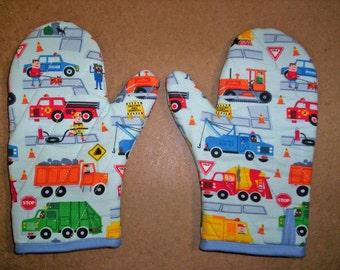 Child oven mitts pair-Trucks