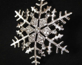 Rhinestone sparkle snowflake pin, brooch.
