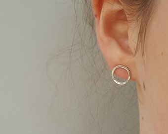 Silver Circle Earrings   - Small Smooth Or Hammered Sterling Silver Open Circle Studs  -  Simple Silver Minimalist Hoop Earrings