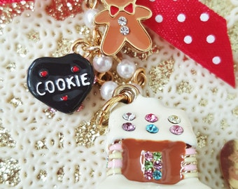 Gingerbread Party Pearl Necklace
