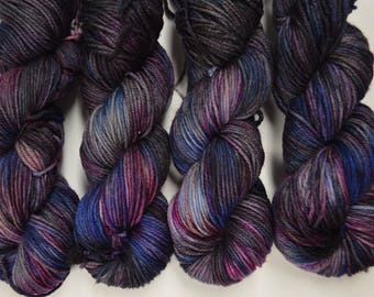 Aubs Worsted, hand dyed yarn, handdyed yarn, hand dyed worsted yarn, hand painted yarn, worsted yarn, worsted weight, Galaxy