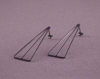 Black earrings, oxidized wire earrings, contemporary earrings, triangle dangle earrings, geometric earrings for women, long earrings