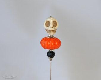 Halloween Stick Pin, Skull Pin, Pumpkin Pin, Black and Orange, Hat Pin, Lapel Pin, Halloween Costume, Halloween Jewelry, S0111