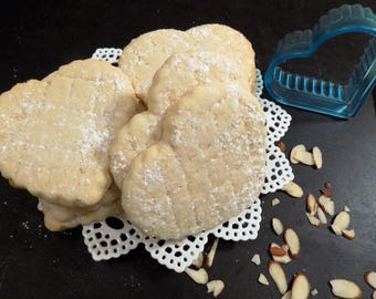 Almond Sugar Cookies, Gluten Free, nuts about flavor but no wheat flour, perfect gift for that Special Person, gifting, parties, holidays