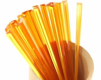 """BambooMN Brand - Triangular Prism Plastic Pick 3.5"""" (9cm) - Orange"""