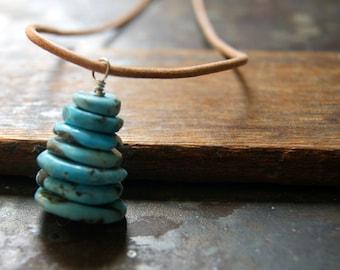Collier turquoise de Cairn avec cordon en cuir - Campitos Mine mexicaine Turquoise pendentif
