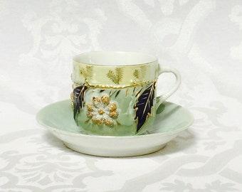 Antike Porzellan-große Tee-Tasse und Untertasse seltene und einzigartige 1800er Jahren Deutschland Mint grünen Gold Floral Zweig mit Blättern