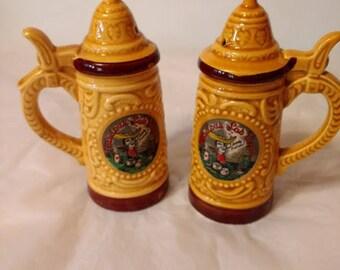 Vintage Las Vegas Souvenir Salt and Pepper Shakers