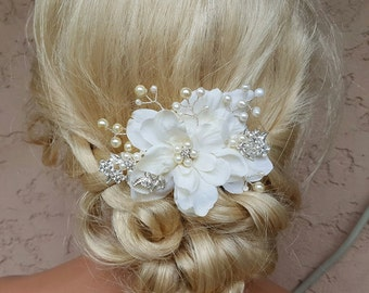 Bridal Hair Comb, Wedding Comb, Ivory Comb, Floral Wedding Comb, ivory Bridal Comb, Crystal hair comb, pearl hair comb,  hair accessories