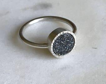 Sterling silver black druzy quartz ring, size 6.