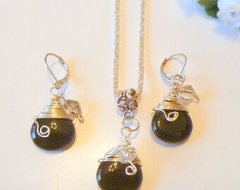 Handcrafted Black Jade Wire Wrapped Necklace And Earrings Set