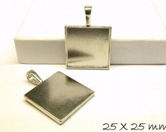 Cabochon version / Medallion 25 x 25 mm, platinum silver, square
