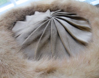 Vtg. Schiaparelli Fur Hat-Paris--Union Label 288958