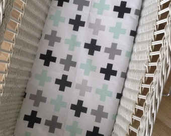 Mint swiss cross Bassinet Sheet in woven cotton and organic knit cotton. Baby cradle Sheet, Moses Basket baby bedding