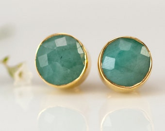 Raw Emerald Studs, May Birthstone Earrings, Natural Stone Stud Earrings, Gifts for Mom, Trending Earrings, Emerald Earrings, Gold Studs