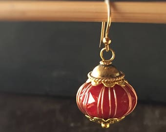 Shanghai Glass and Gold Lantern Earrings - in Cayenne Red