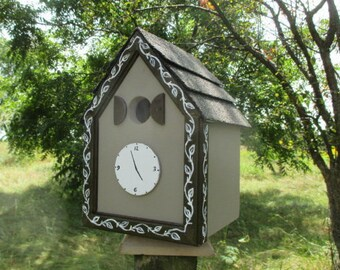 Clock Birdhouse, Cuckoo Clock Bird House, Country Birdhouse, Handmade Birdhouse, Outdoor Wood Birdhouse,  Unique Birdhouse, Cute Birdhouse