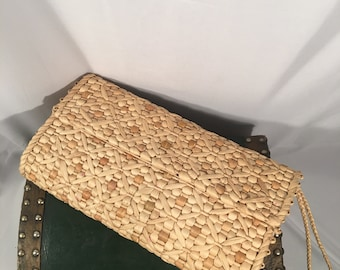 Vintage Classic Woven Straw Clutch