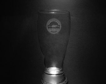 Pan Am 1927 Logo 18 Ounce Pilsner Glass.