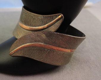Copper Leaves Hinged Bracelet 1960-70s