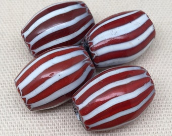 1 Vintage Red White Chevron Glass Bead 21mm