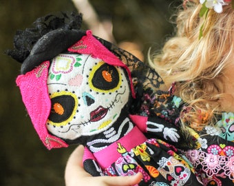 Sugar Skull Doll - Halloween Plush Doll - Day of the Dead Gift - Dia de los muertos - Folklorico Doll - Halloween Doll - Sugar Skull Girl