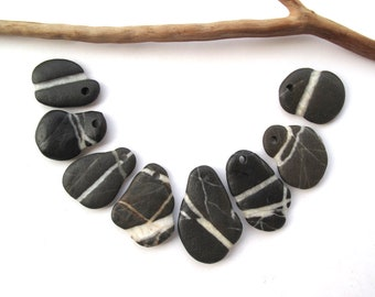 Rock Pendants Natural Stone Beads Mediterranean DIY Jewelry Beach Stone Beads Drilled River Stones Pebble Pendants PENDANT MIX 25-35 mm