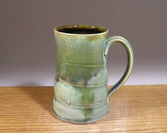 Handmade Stoneware pottery Mug , 17 oz Mug, Coffee Mug, Beer Mug , Tea Cup. Great Beer or Coffee Lovers Gift !