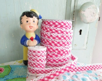 Fuchsia Gingham Crochet Edge Bias Tape (No. 85). Hot Pink.  Pink Gingham.  Hot Pink Fabric.  Fuchsia Trim.  Quilt Binding.