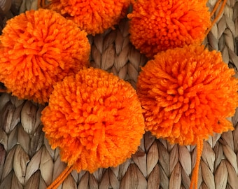Orange Yarn Pom Poms Halloween, Extra Large, Set of 5