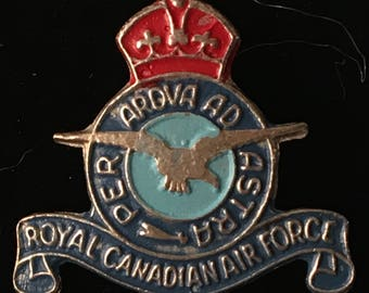 Vintage Pin Royal Canadian Air Force Per Ardua Ad Astra