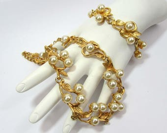 """1950s necklace and bracelet mini parure - faux pearl and gold tone metal - 18"""" and 7.5"""" lengths"""